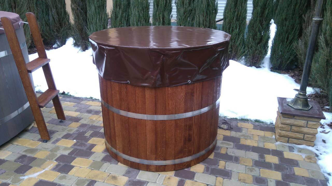 Купель круглая, дубовая, высота 1 метр