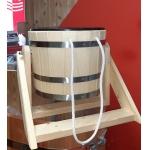 Ведро-водопад для бани с пластиковой вставкой(смерека)
